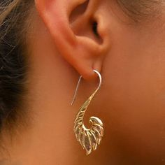 Beautiful Brass Hook Earrings - Tribal Jewelry - Hook Piercings - Brass Jewelry - Native Jewery - Ethnic Jewelry Brass hook earrings with rustic effect. Suitable for normal ear piercing. Length: 45 mm sold as pair only! $27.5