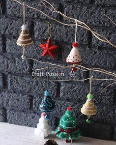 Χειροτέχνες εν δράσει...: DIY - Φτιάξτε χριστουγεννιάτικο δεντράκι-καμπανάκι...