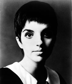 Liza Minnelli Haircut 33970 44 Best Liza Minelli Super Interesting and Wise Beyond Her Youth Great Hairstyles, Boy Hairstyles, Hairstyle Ideas, Mens Rockabilly Hairstyles, Judy Garland Liza Minnelli, White Boy Haircuts, Divas, Shawn Mendes Hair, Michelle Williams