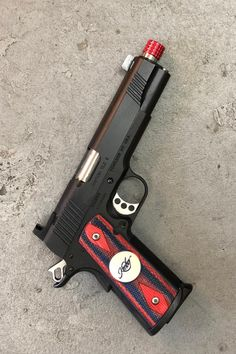 Custom w/ Matching grips and thread protector. What do you think… – All Pictures Kimber 1911, Weapons Guns, Guns And Ammo, Kimber America, Ar 15 Builds, Military Humor, Fire Powers, Weapon Concept Art, Shopping