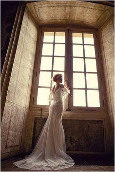 Vintage wedding dress   Image by Las De Coeur, see more http://www.frenchweddingstyle.com/fairytale-chateau-de-bagnols/