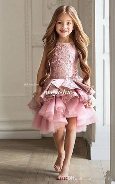 bd0d4a2d26a Luxury Lace Pink Lace Flower Girl Dresses 2017 Knee Length Appliques  Ruffles Tiered Kids Party Beauty Pageant Ball Gowns For Girls Vestidos How  To Make ...