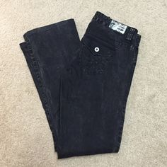 """Guess Daredevil low rise boot cut black jeans 27 Guess Daredevil Bootcut Low Rise Jeans Black size 27, 3 button front close, black marble color, like new condition hems are nice and clean no wear to it, inseam measurement is 28"""". See my other listings if you are interested in this jeans but in gray! Guess Jeans Boot Cut"""