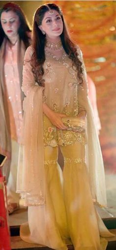 Walima Dress, Pakistani Formal Dresses, Pakistani Wedding Outfits, Pakistani Bridal Wear, Bridal Lehenga, Indian Dresses, Wedding Wear, Wedding Party Dresses, Bridal Dresses