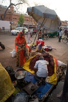 Street market in Jaipur, India