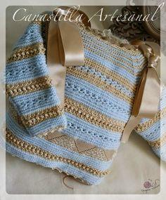 CANASTILLA ARTESANAL Baby Knitting Patterns, Crochet Patterns, Crochet Hooks, Crochet Baby, Baby Layette, Baby Socks, Baby Boutique, Baby Wearing, Baby Boy