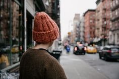 Laine is a high-quality Nordic knit & lifestyle magazine for knit folks. Purl Soho, Purl Stitch, Cascade Yarn, Free Pattern, Winter Hats, Knitting, Beanies, Places, Crafts