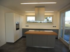 1000 images about cucina on pinterest arredamento fitted kitchens and gas supply - Cucine sotto finestra ...