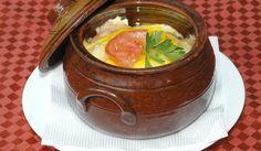 Кавърма по копривщенски - Рецепта. Как да приготвим Кавърма по копривщенски. Нарежете бялото пилешко месо на куб...
