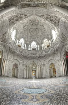 The Dome Room, Abandoned Castle, Italy It's hard to believe that anybody would leave  something like this!