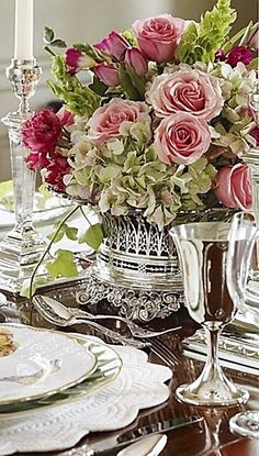 40 Best Ideas For Wedding Table Flowers Arrangements Place Settings Beautiful Flower Arrangements, Beautiful Flowers, Beautiful Gorgeous, Absolutely Stunning, Table Arrangements, Floral Arrangements, Wedding Place Settings, Garden Wedding Decorations, Beautiful Table Settings