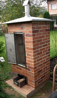 Brick smoker made of clinker- Gemauerter Räucherofen aus Klinker Brick smoker made of clinker - Homemade Smoker Plans, Diy Smoker, Bbq Pit Smoker, Barrel Smoker, Smoker Recipes, Barbecue Grill, Diy Planters Outdoor, Outdoor Kitchen Patio, Outdoor Kitchen Design