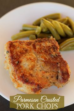 Delicious Pork Chops - Parmesan Crusted!! Recipe on { lilluna.com }