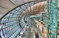 Suwannaphoom Airport by grantthai