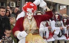 Το έθιμο «Γενίτσαροι και Μπούλες» αναβίωσε η ηρωική πόλη Νάουσας (φωτογραφίες, βίντεο)