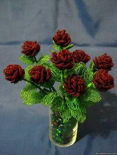 Розы из бисера «Искушение» - Цветы из бисера - Выставка-продажа - Деревья и цветы из бисера
