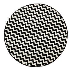 "Zipcode Design Elisa Chevron White/Black Area Rug Rug Size: Round 5'2"""
