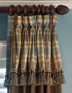 Goblet Pleats of Contrasting Fabrics_Window Treatment Variation