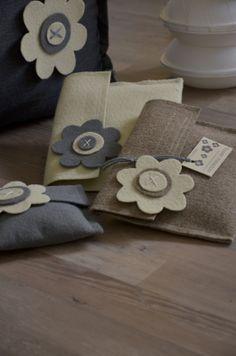 pochette flower meadow. grigio, beige e panna