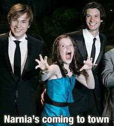 William Moseley, Georgie Henley, And Ben Barnes. Georgie is absolutely perfect ♡