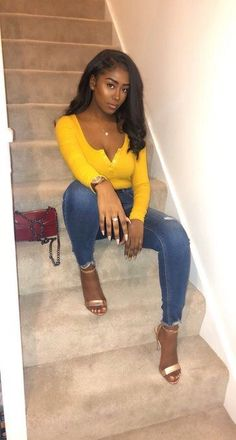 Today we are present to you some trendy collection of casual outfits which are beautiful which you can steal there styles while hanging with friends and spouse during the weekend . Sexy Outfits, Girl Outfits, Cute Outfits, Fashion Outfits, Fashion Ideas, Black Girl Fashion, Look Fashion, Looks Vintage, Beautiful Black Women