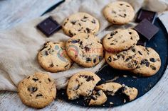 Suikervrije-chocolate-chip-koekjes-(14) Super Healthy Recipes, Diabetic Recipes, Clean Eating Recipes, Low Carb Recipes, Delicious Recipes, Keto Snacks, Healthy Snacks, Low Carb Sweets, High Tea