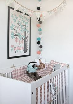 http://wwwmedia.sanomamagazines.fi/files/vauva/images/articles/151033/1381137825_630x0_blog_full_babycorner1_small.jpg