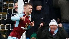 Premier League results: Sanchez scores first Man Utd goal, Man City held by Burnley