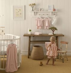 Gorgeous girls nursery, i like the white shelf