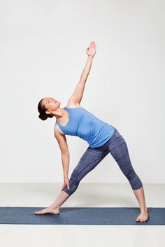 Triangle yoga pose for beginners