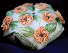 Google Image Result for http://www.nordicneedle.com/Merchant2/graphics/products/RC11-BRAZI-BISC.jpg Brazilian Embroidery