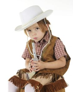 """Maryland Boy Suspended, Interrogated for Bringing Cap Gun to School - A five-year-old Maryland boy was interrogated until he wet himself and suspended for 10 days after school officials caught with playing with a """"cowboy-style cap gun,"""" the Washington Post reports, citing the child's family and lawyer  --- Read the artical.  This is so wrong when are parents going to take back our schools?"""
