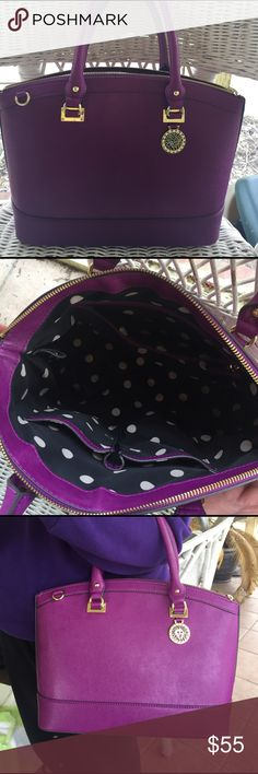 Anne Klein Handbag 💜 Anne Klein handbag in PERFECT condition. Shoulder strap included. Only carried handful of times. Dimensions: 14 x 10 x 5. Open to offers!💜 Anne Klein Bags Shoulder Bags