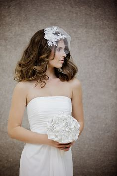 Tulle and lace birdcage veil by Gadegaard Design,  Photocredit: www.tinaliv.com