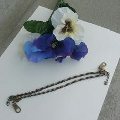 Zipper anklet Never worn. Jewelry
