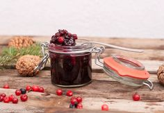 Gem de merisoare cu zahar muscovado / Cranberry jam with muscovado Cranberry Jam, Sugar Bowl, Bowl Set, Preserves, My Recipes, Jelly, Gem, Coffee Maker, Food And Drink