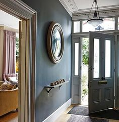 Dark and sultry hall way | Charlotte Crosland | Highgate
