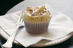 Red velvet cupcakes recipe - goodtoknow
