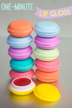 """""""Macaron lip gloss that only takes a minute to make? Are you for real, you say?"""" Indeed, we are! Not only do these cuties take only a minute to make, they are inexpensive!"""