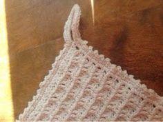 My Rose Valley: Sweet Heart Crochet Pattern Beautiful Crochet, Pot Holders, Crochet Top, Crochet Patterns, Crochet Ideas, Crafty, Sewing, Knitting, Jimmy Choo