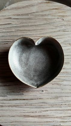 Hey, I found this really awesome Etsy listing at https://www.etsy.com/uk/listing/214389843/stormy-grey-heart-bowl-4-inches-ring