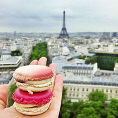 shinebythree:  Ombré and two-tone Pierre Hermé #macaron stacks with @alexeijoel atop l'Arc de Triomphe - oh #Paris, you flirt… (at Arc de Triomphe)