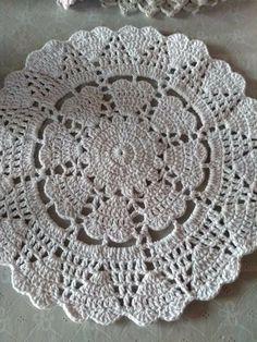 Watch The Video Splendid Crochet a Puff Flower Ideas. Phenomenal Crochet a Puff Flower Ideas. Filet Crochet, Crochet Doily Rug, Free Crochet Doily Patterns, Crochet Placemats, Crochet Potholders, Crochet Diagram, Crochet Purses, Crochet Squares, Crochet Home
