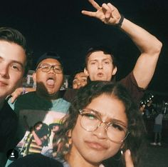 Zendaya and Tom Holland spotted in London while shooting Spider-Man: Far From Home Tom Holland Zendaya, Tom Holand, Tom Holland Peter Parker, Tommy Boy, Zendaya Coleman, Men's Toms, Tony Stark, Marvel Dc, Spiderman Marvel