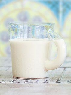 Recipe:アーモンドミルク/メープルシロップの甘さがじんわりと広がる