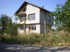 http://www.newhomesv.com/Three-storey-house-with-a-garden-for-sale-in-the-village-of-Stefan-Karadzhovo-Property-in-bulgaria-1723.html