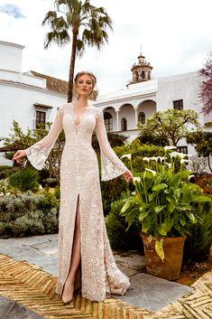 d3beb6ba8 18 Best Vestidos de novia color champagne images