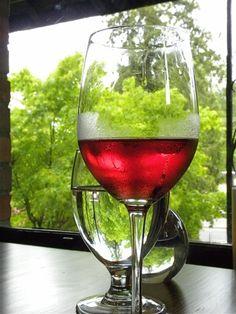 Nalewki i przetwory z mahonii - Mahonia, pędy mahonii, zieleń cięta, sadzonki mahoni Alcoholic Drinks, Vogue, Wine, Glass, Drinkware, Corning Glass, Liquor Drinks, Alcoholic Beverages, Liquor