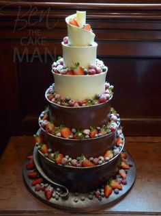 Chocolate wedding cake. WOW!!!!! Beats the pants of Naked Cake!