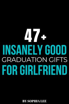 For guys out there that are looking for the best graduation gifts for girlfriend, you need to check this out. These gifts are so on trend, you're girlfriend will obsess over them! Graduation Gifts For Girlfriend, Best Graduation Gifts, Boyfriend Birthday, Outdoor Graduation Parties, College Graduation Parties, Graduation Party Decor, Gift Guide For Him, School Signs, Best Friend Birthday